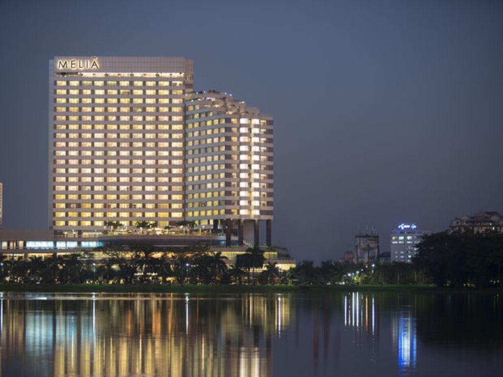 Melia  ****(*) in Yangon