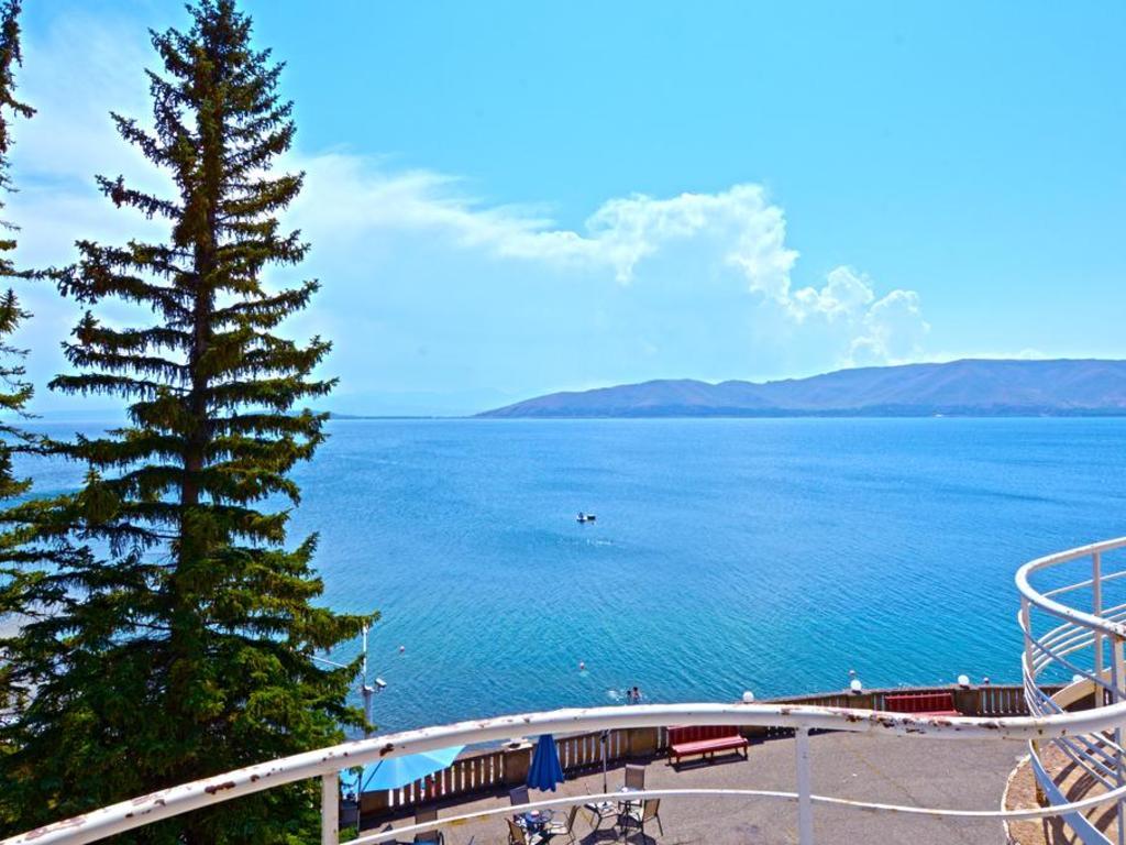 Blick auf den Sevansee