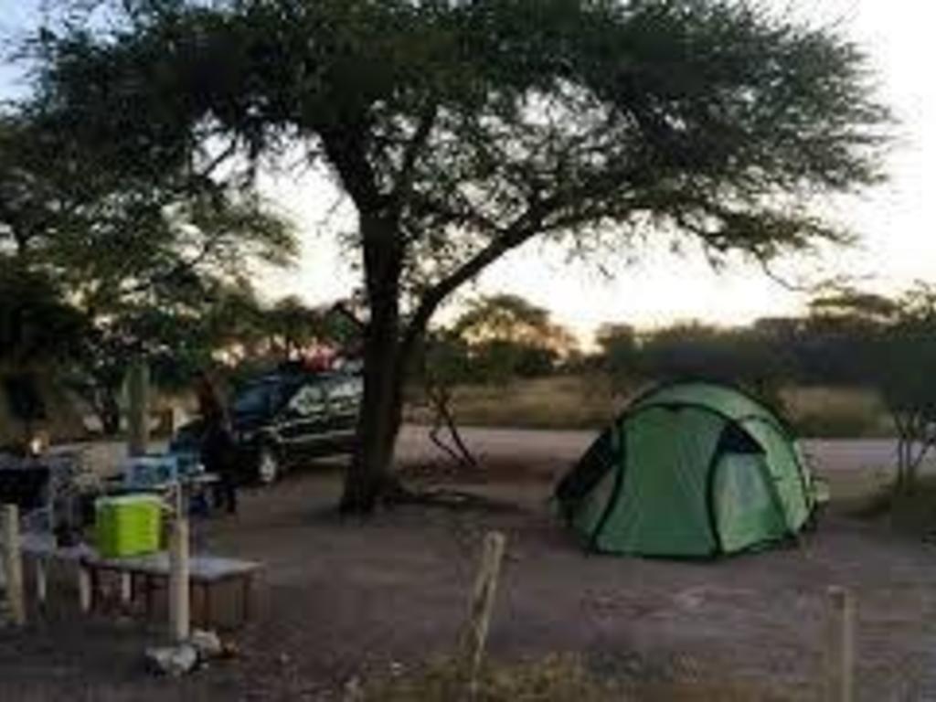 Camping  im Etosha-Nationalpark