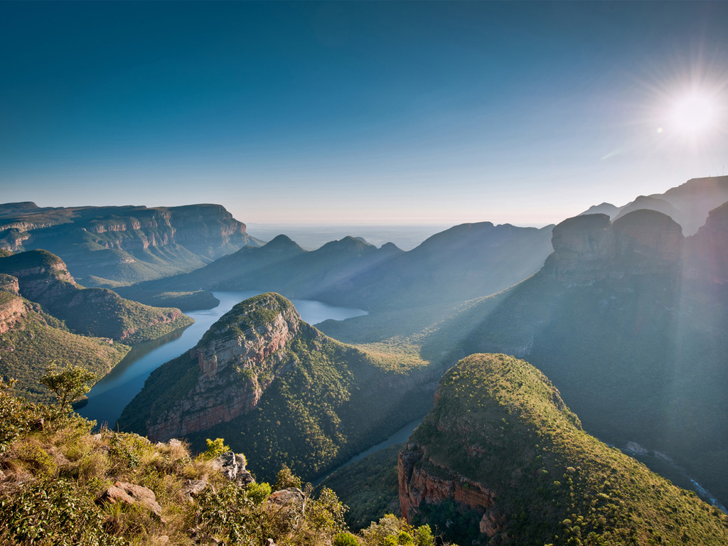 Provinz Mpumalanga – Blyde River Canyon und Pilgrim's Rest – Greater Krüger Region: Spaziergang in Pilgrim's Rest, Ausflug Blyde River Canyon-Naturreservat, Stopp mit Spaziergang bei God's Window, der Three Rondavels, und Bourke's Luck Potholes