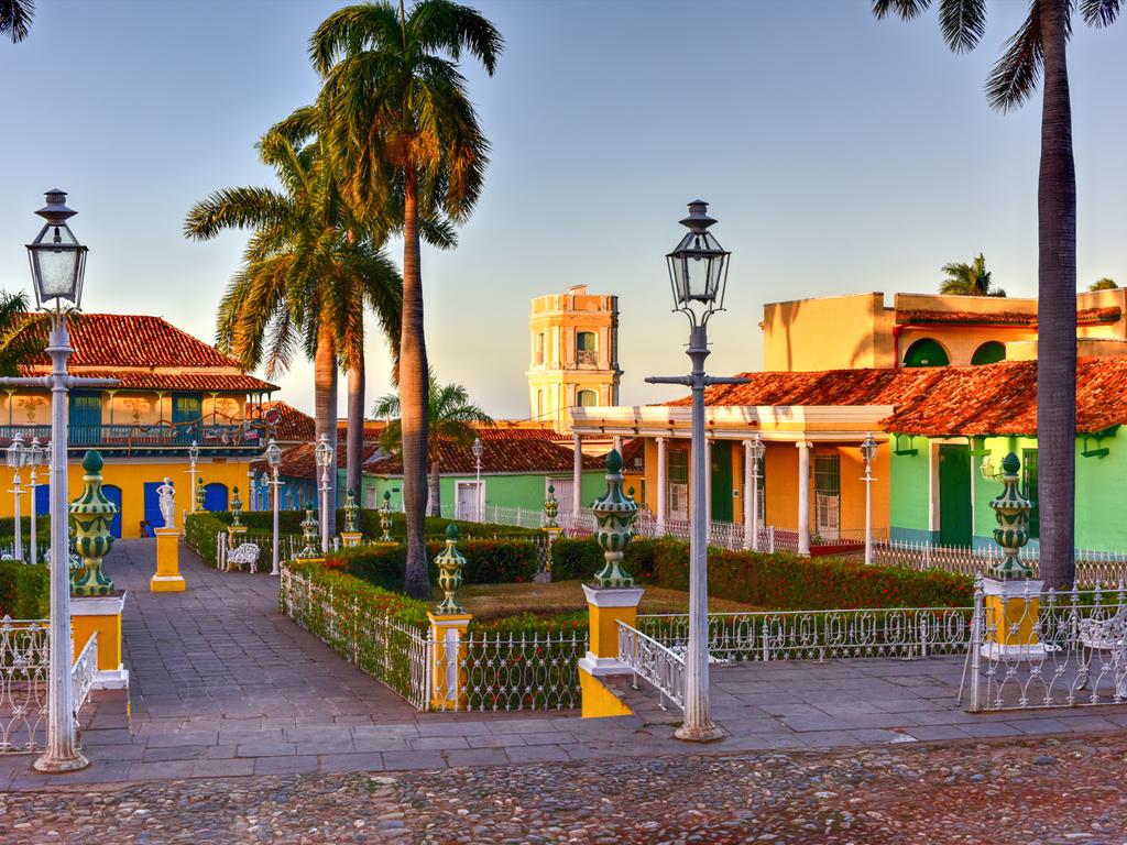 Playa Larga – Cienfuegos – Trinidad : Kajaktour in der Bucht von Jagua, Stadtrundgänge in Cienfuegos und Trinidad