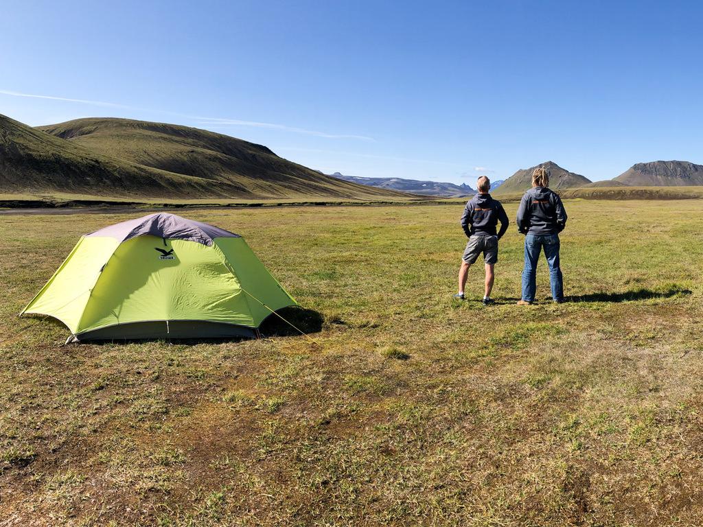 Ausflug Landmannalaugar: Wanderung über den Obsidianstrom und Besteigung des Brennisteinsàlda, Bad im warmen Fluss, Rückfahrt nach Landmannahellir