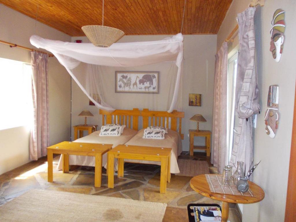 Toko Lodge *** bei Kamanjab