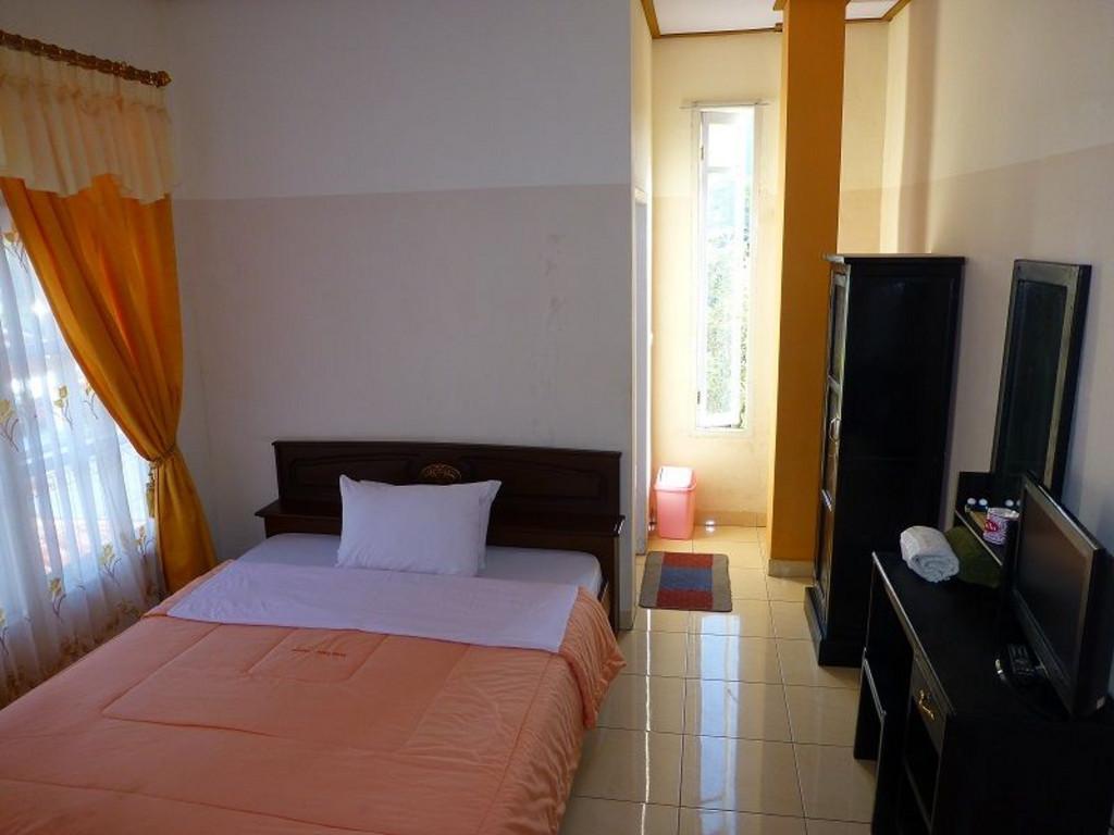 Hotel Edelweis ** in Bajawa