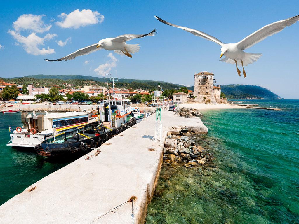 Berg Athos und Thessaloniki: Bootsfahrt am Berg Athos, Freizeit in Ouranoupoli am Strand