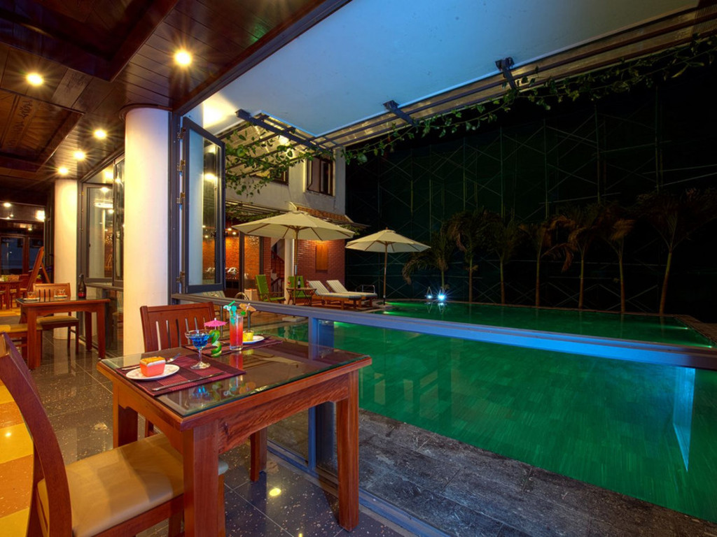 Hotel Aurora Riverside*** in Hoi An