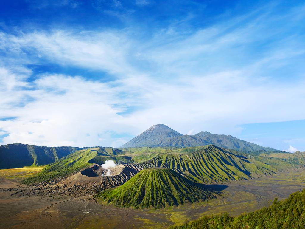 Malang – Bromo-Vulkan – Malang: Sonnenaufgang am Bromo-Vulkan, freier Nachmittag