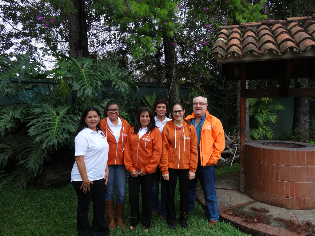Roger und sein Team in Guatemala