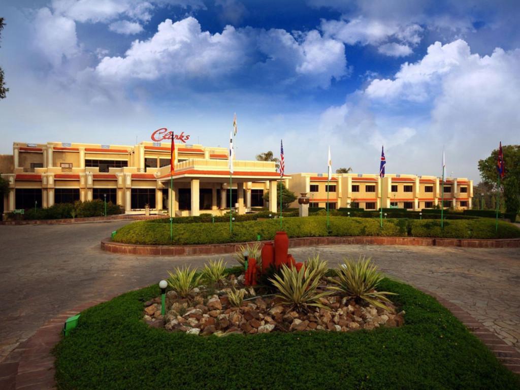 Clarks *** in Khajuraho
