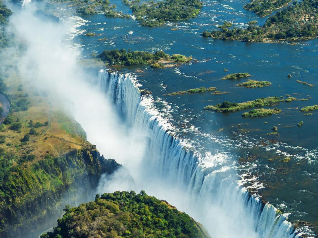 Sambesi Region – Victoria Falls: Ankunft gegen Mittag, Nachmittag zur eigenen Erkundung