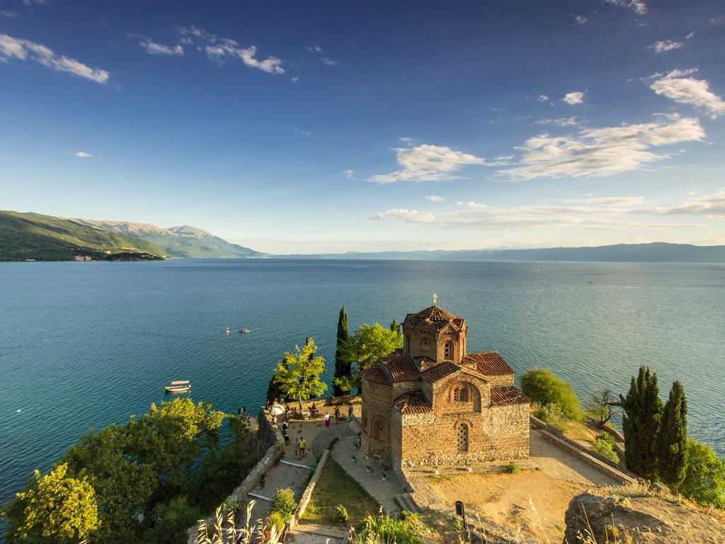 Pogradec – Sveti Naum-Kloster – Galičica N.P. – Ohrid – Pogradec: Besichtigung Sveti Naum-Kloster, Wanderung im Galičica-N.P. bei Elshani, Stadtführung Ohrid