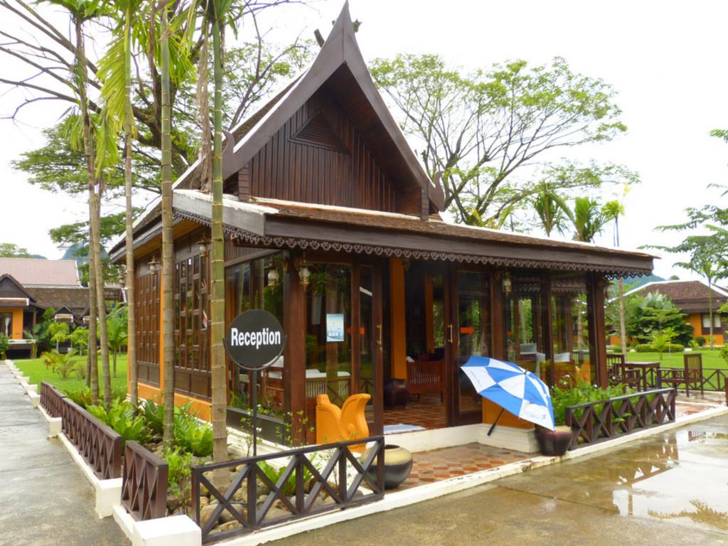 Villa Vang Vieng Riverside **** in Vang Vieng