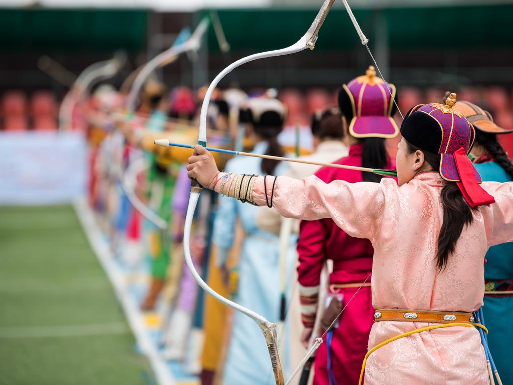 Ulaanbaatar: Naadam-Fest mit Eröffnungszeremonie