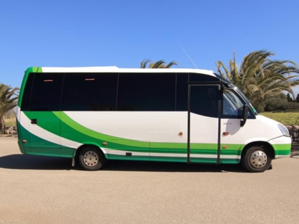 Beisspielbild eines Buses auf Mallorca