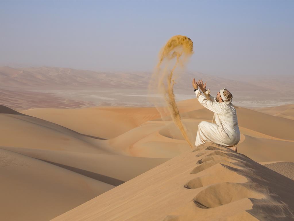 Nizwa – Birkat al Mauz – Wadi Bani Khalid – Wahiba Sands: Spaziergang durch Birkat al Mauz, Spaziergang im Wadi Bani Khalid, Fahrt in die Wüste