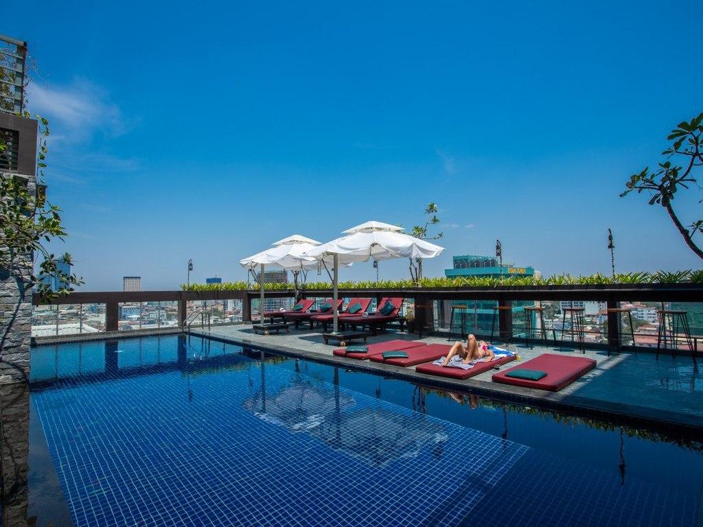 V Hotel*** in Phnom Penh