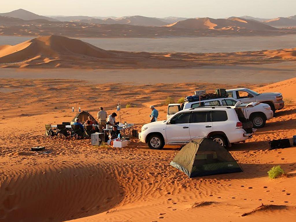 Camping   in den Sharqiya Sands