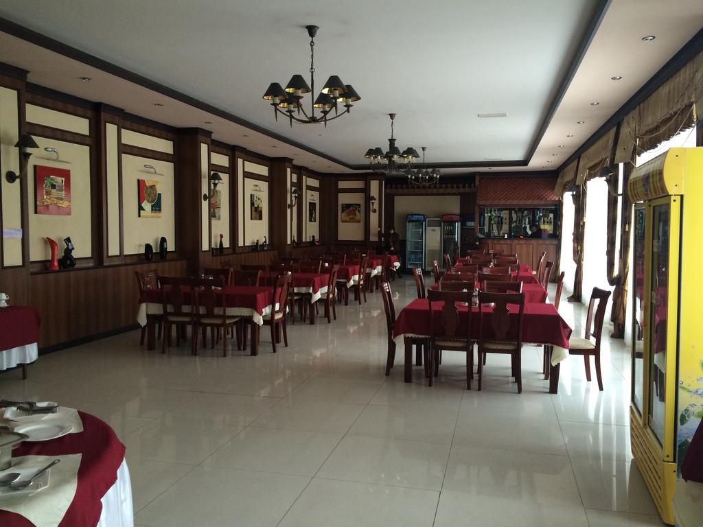 Hotel Club 777 **(*) in Fergana