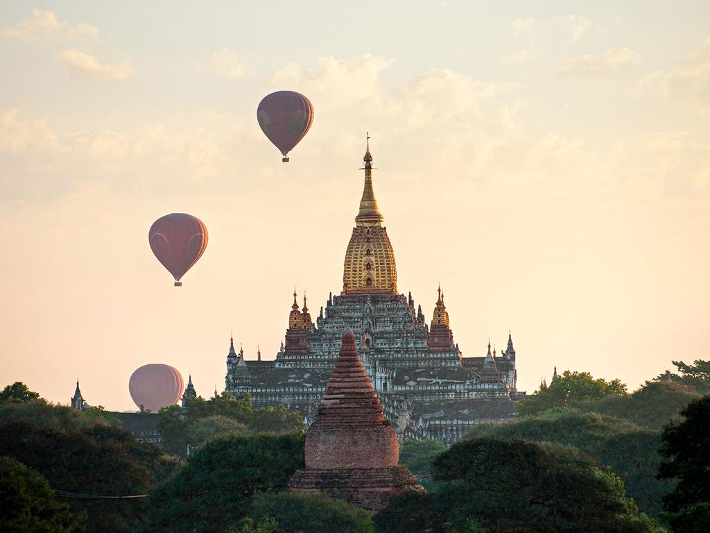 Bagan: mit E-Bike und Bus das Tempelmeer entdecken, Dorfbesuch