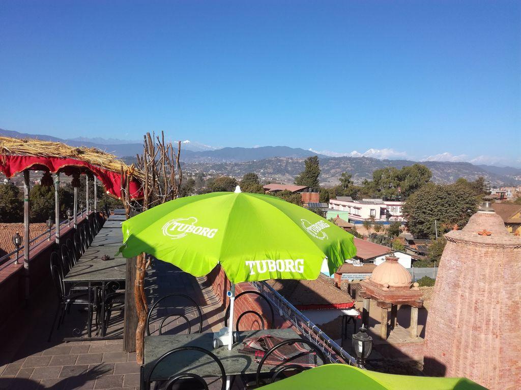 Khwapa Chen ** in Bhaktapur