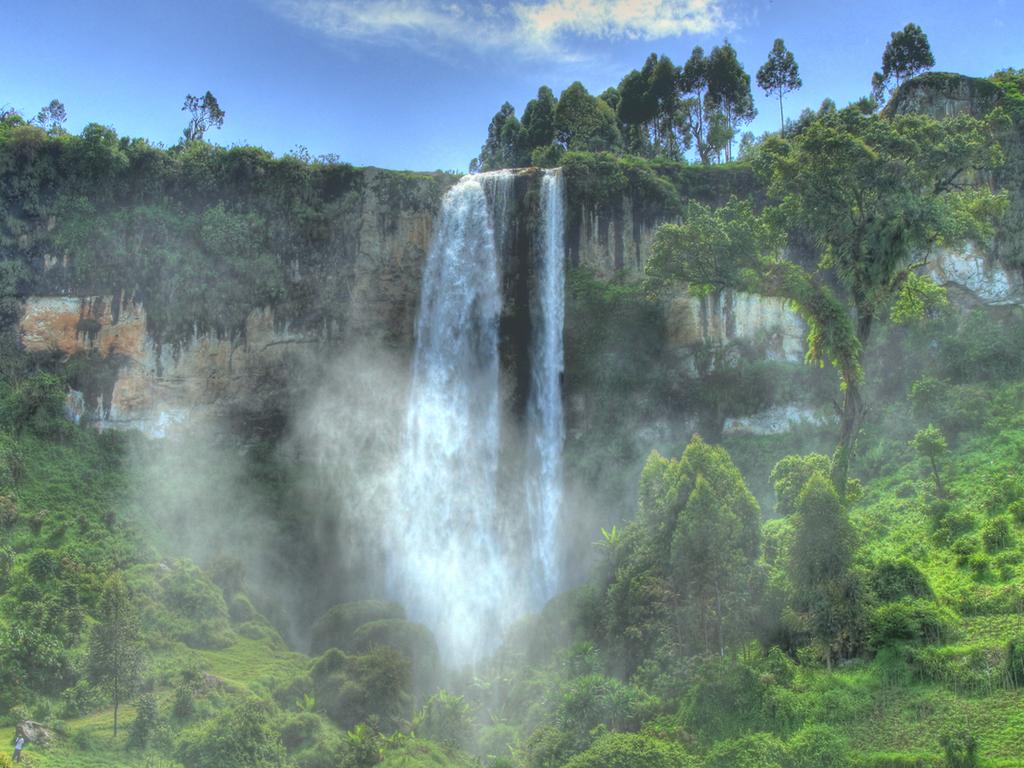 Mbale – Sipi – Mbale: Wanderung zu den Sipi-Wasserfällen; Besuch bei den Kaffeebauern mit lokalem Mittagessen