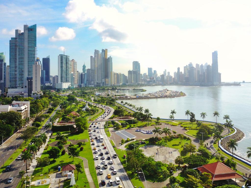 Panama Stadt: Fahrt auf die Insel Taboga, Spaziergang durch das Dorf und Freizeit am Strand, nachmittags Rückfahrt nach Panama Stadt