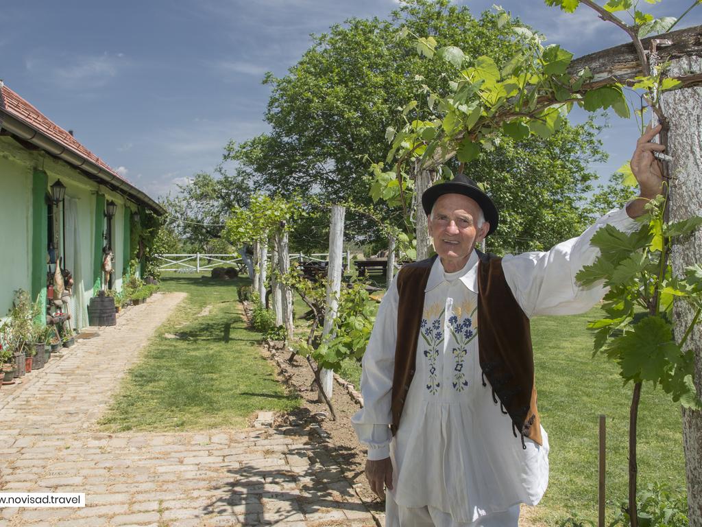 """Vojvodinische Farm """"Salas"""""""