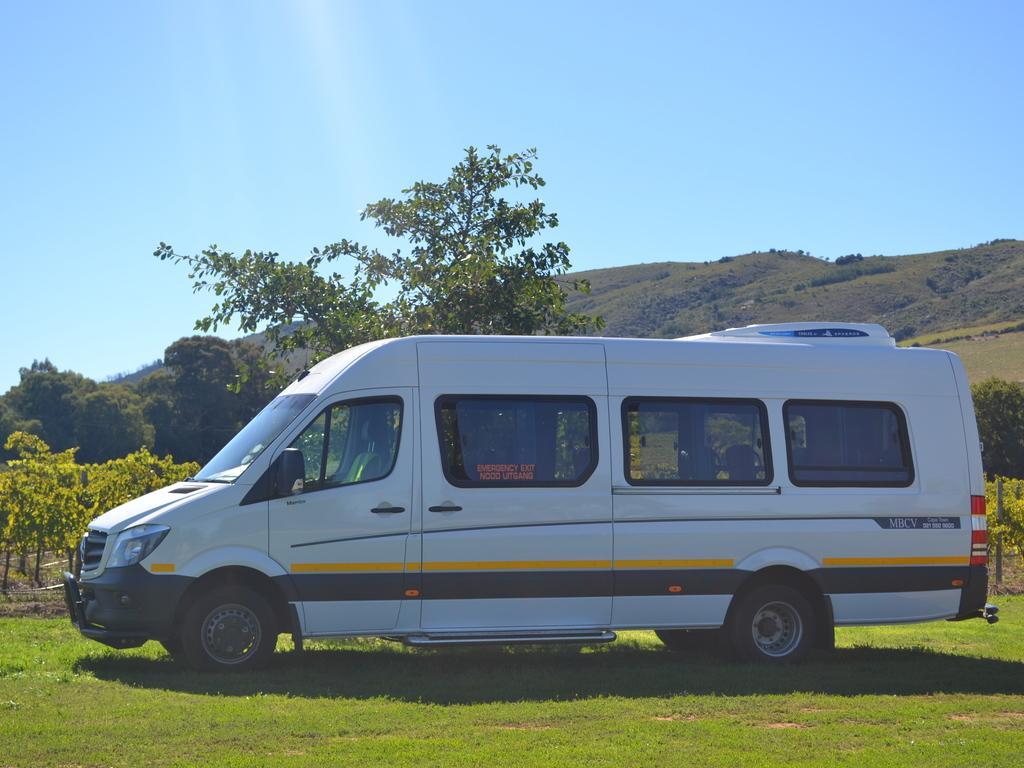 Einer unserer IVECO-Kleinbusse in Namibia