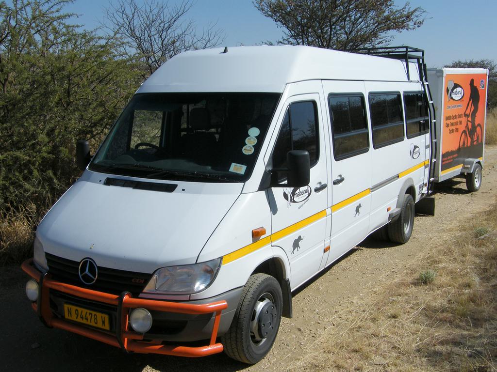 Einer unserer Kleinbusse in Namibia