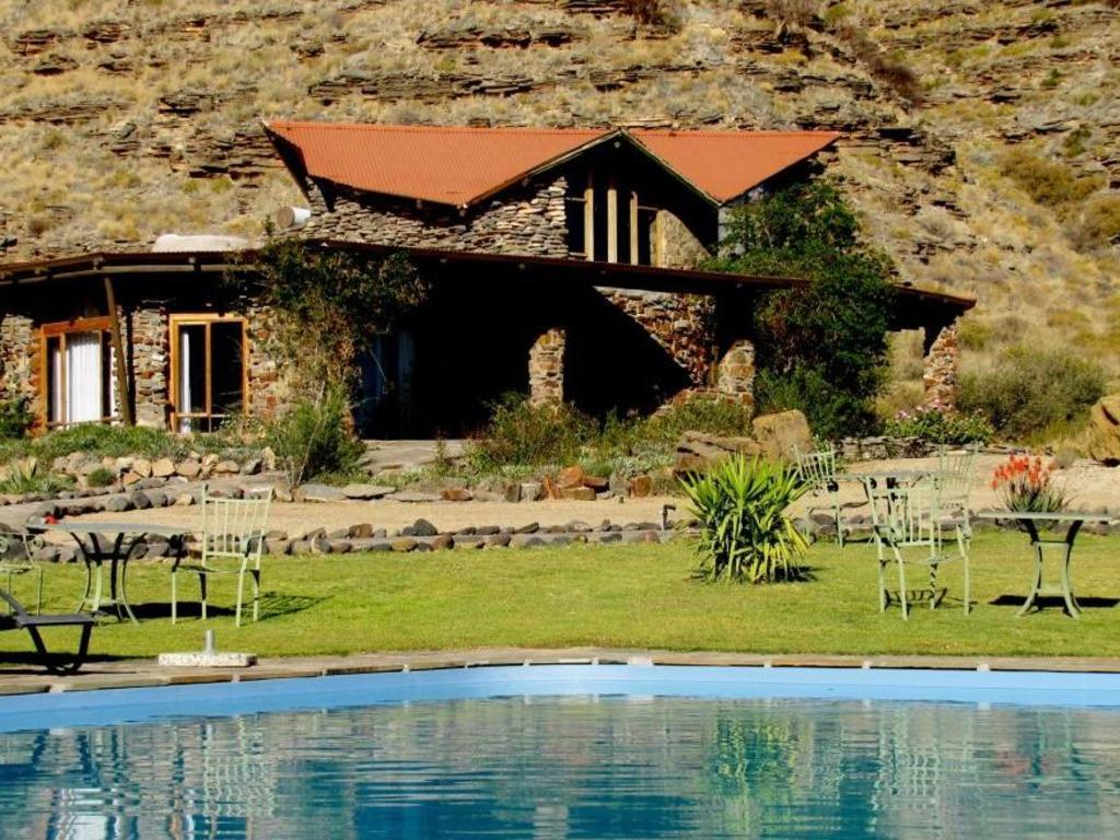 Zebra River Lodge ***