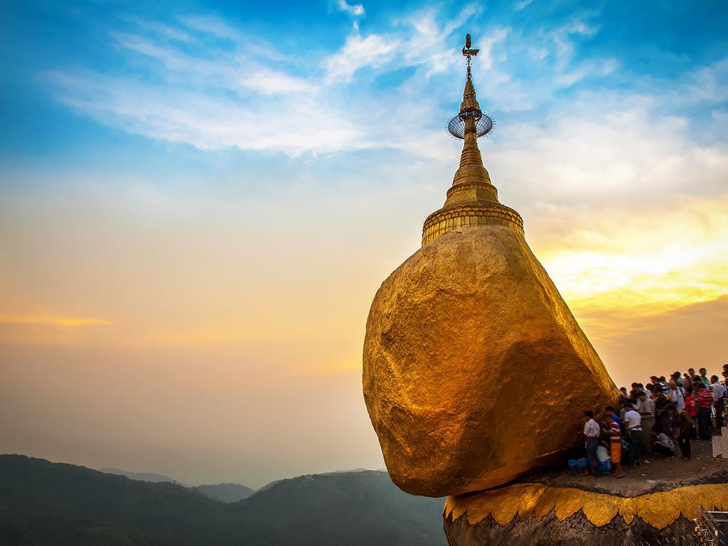 Goldener Felsen – Bago – Yangon: liegender Buddha, Shwemawdaw- und Shwedagon-Pagode, Farewell Dinner