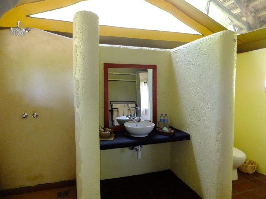 Sangaiwe Tented Lodge *** am Tarangire- bzw. Manyara-Nationalpark