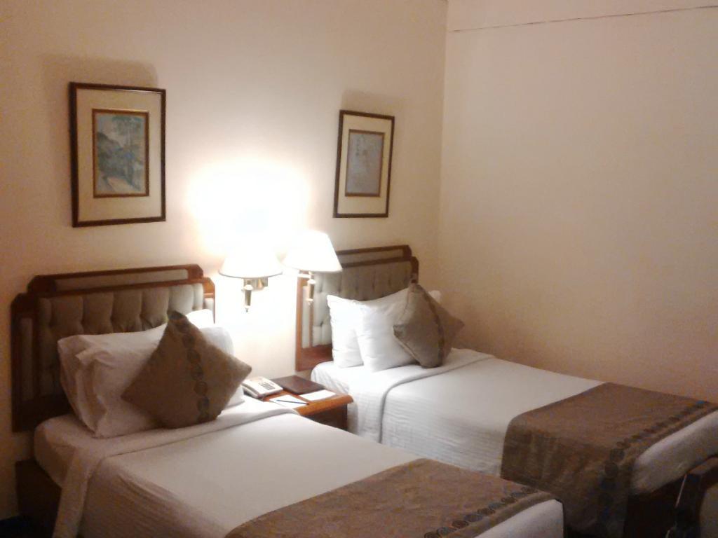 Peerless Inn **** in Kolkata