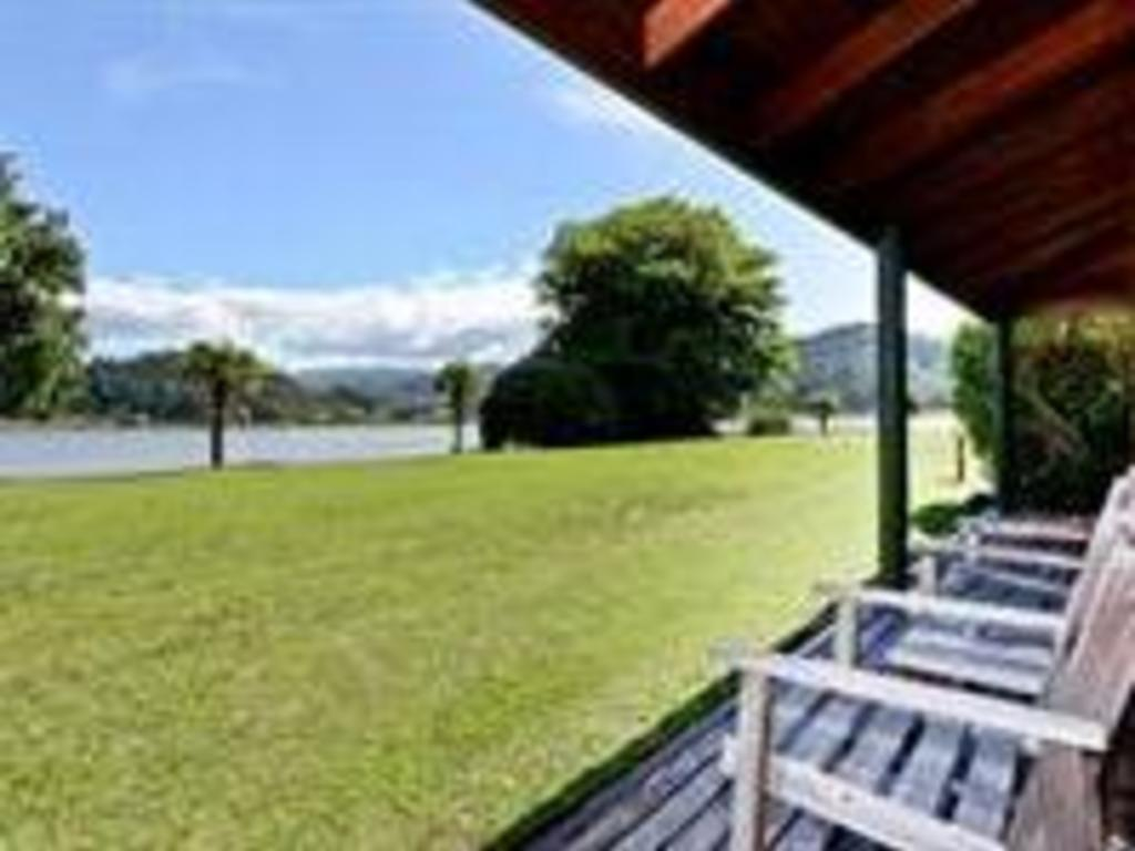 Pacific Harbours Villas *** in Coromandel