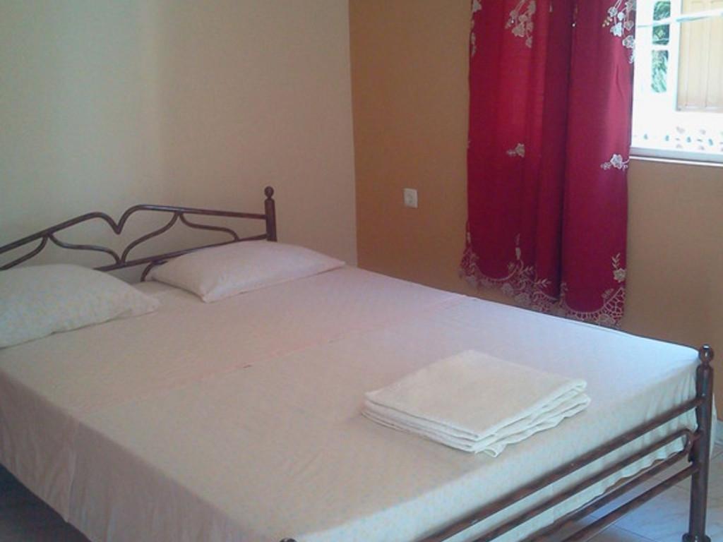 Einfaches Gästehaus in Caibros