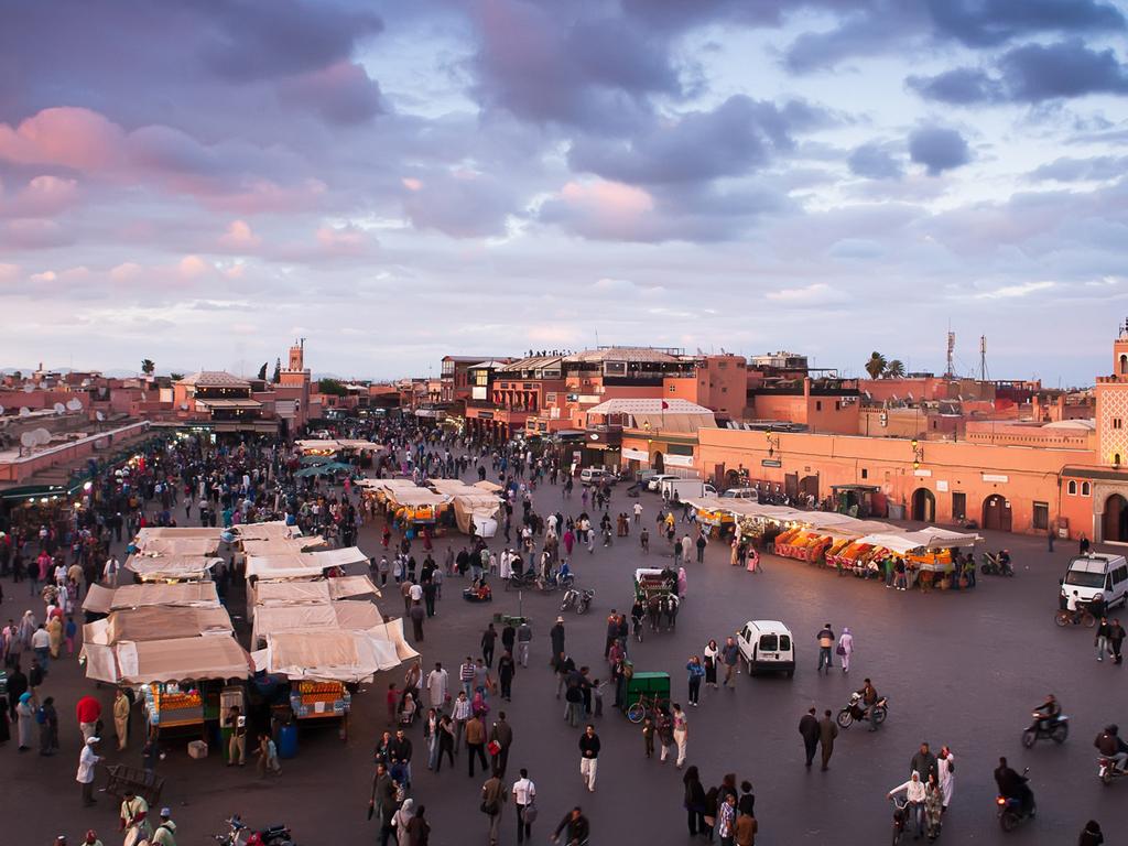 Marrakesch: Stadtbesichtigung, Djemaa El Fna, gemeinsames Abschiedsabendessen
