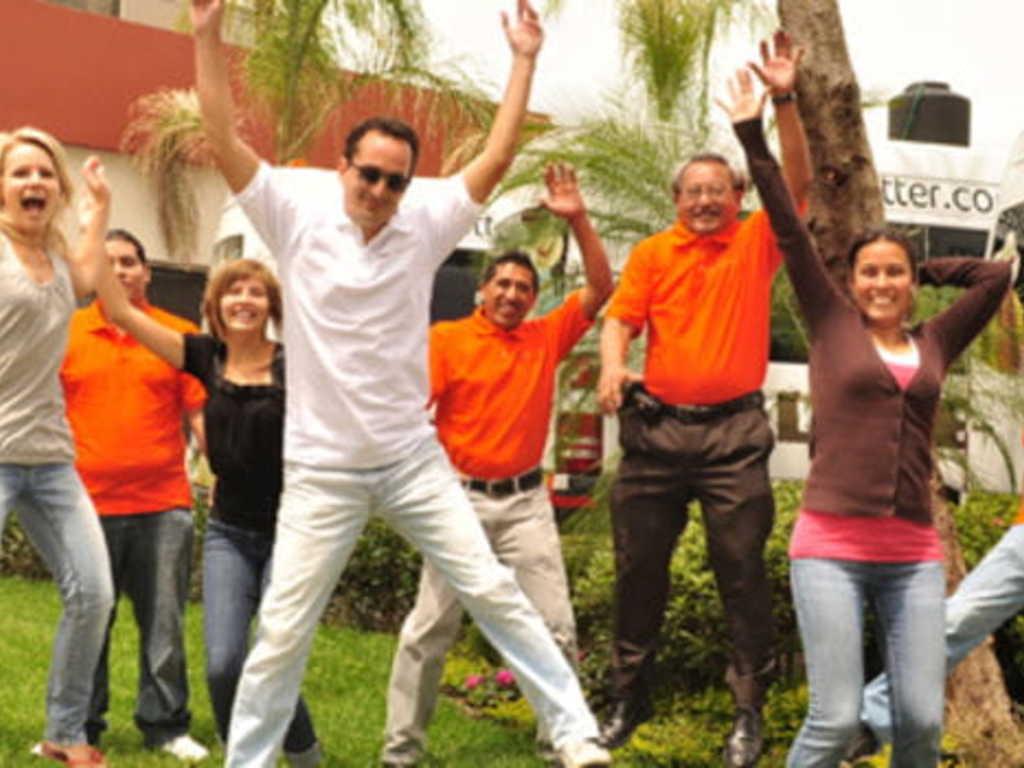 Erik und sein Team in Mexiko
