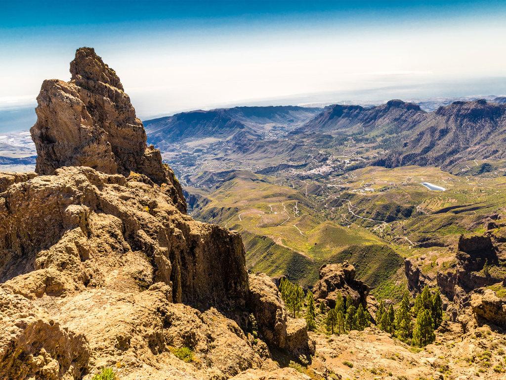Las Palmas – Caldera de Bandama – Cruz de Tejeda – Fontanales – Las Palmas: Inselrundfahrt mit Wanderungen