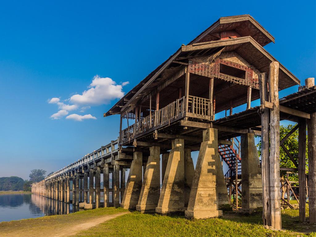 Mandalay: Fährfahrt nach Mingun, Teestube, U Bein-Brücke