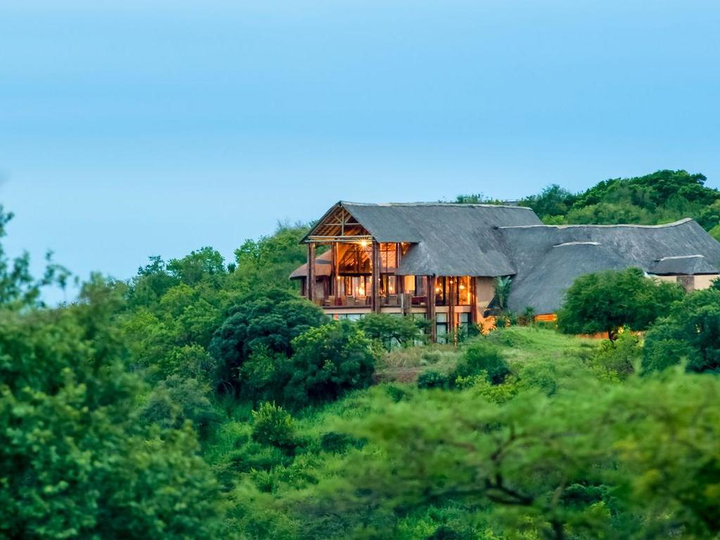 Zulu Nyala Safari Game Lodge **** im Zulu Nyala-Wildreservat bei Hluhluwe