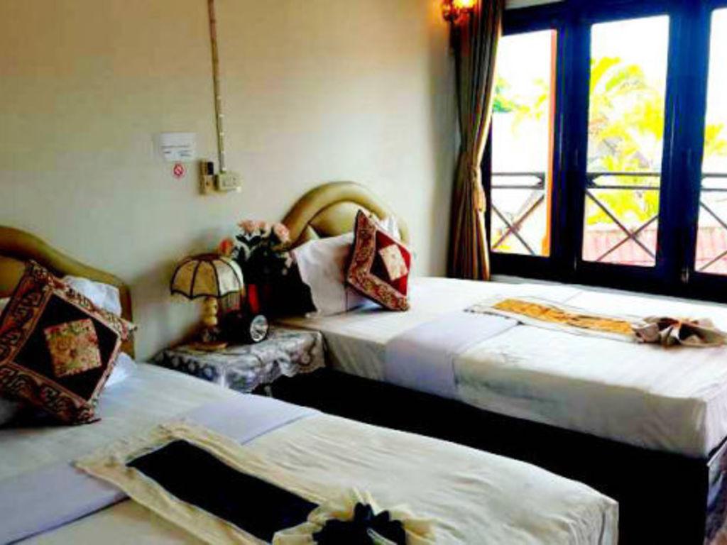 Hotel Houay Xay Riverside ** in Ban Huay Xai