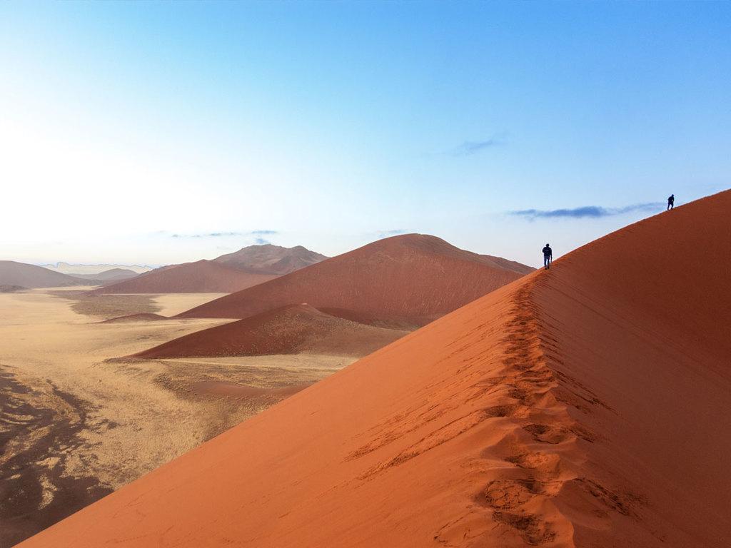 Sossusvlei und Sesriem Canyon : Wanderung durch die Dünenlandschaft von Sossusvlei, am Nachmittag Wanderung im Sesriem Canyon