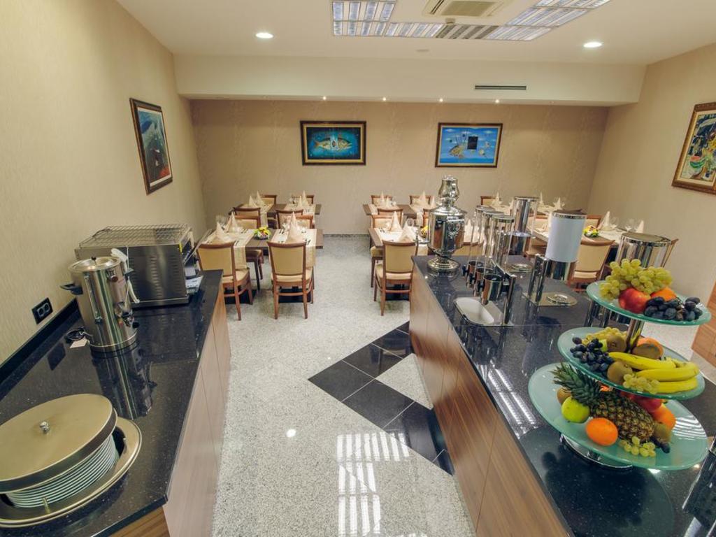 Hotel M Nikic*** in Podgorica