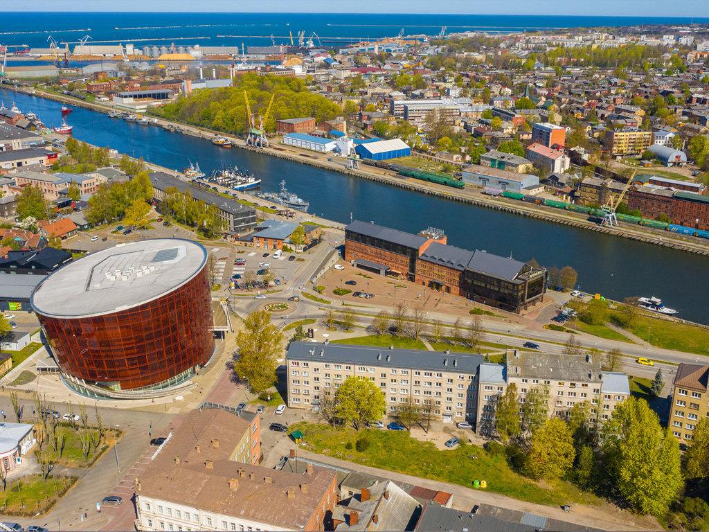 Klaipeda – Palanga – Liepaja: Besuch bei einem Bernsteinfischer, Fahrradtour mit Stopp in Palanga, Grenzübertritt nach Lettland