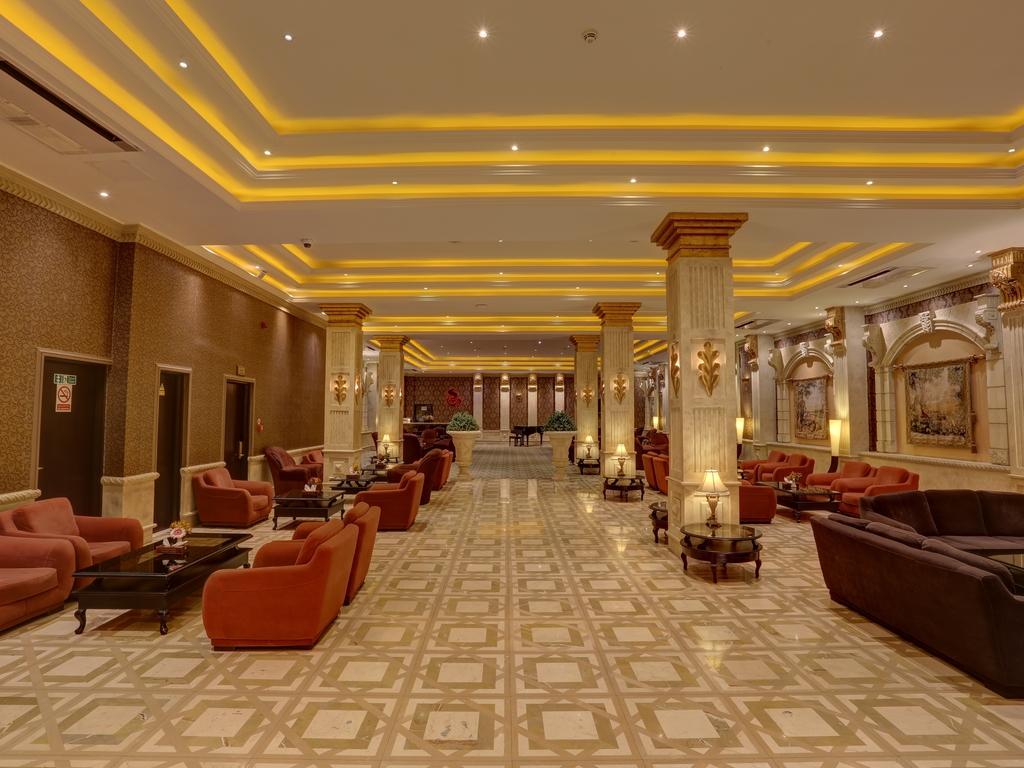 Grand Hotel 2   in Teheran