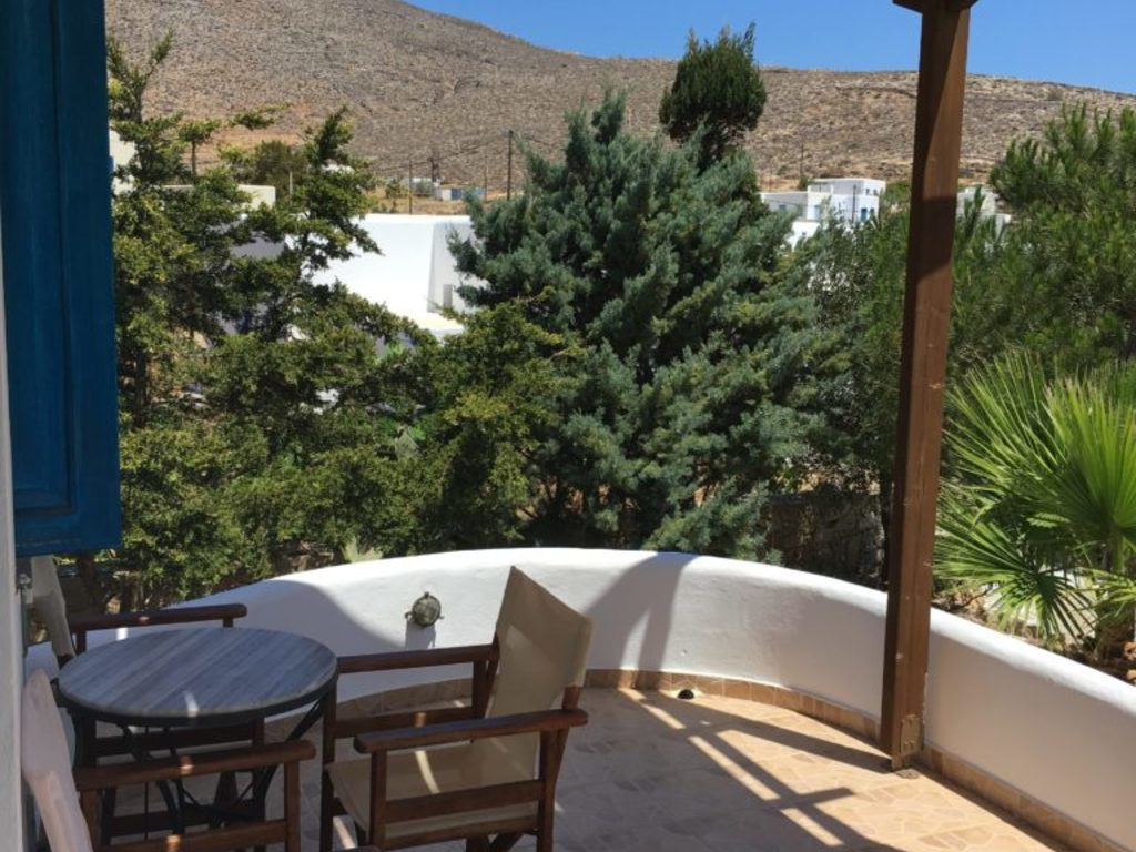 Coral Appartment ** in Folegandros-Karavostasi
