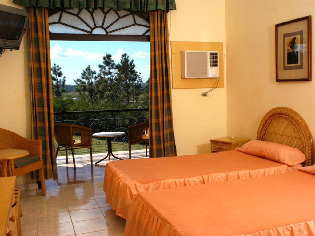 Hotel La Ermita *** im Viñales-Tal