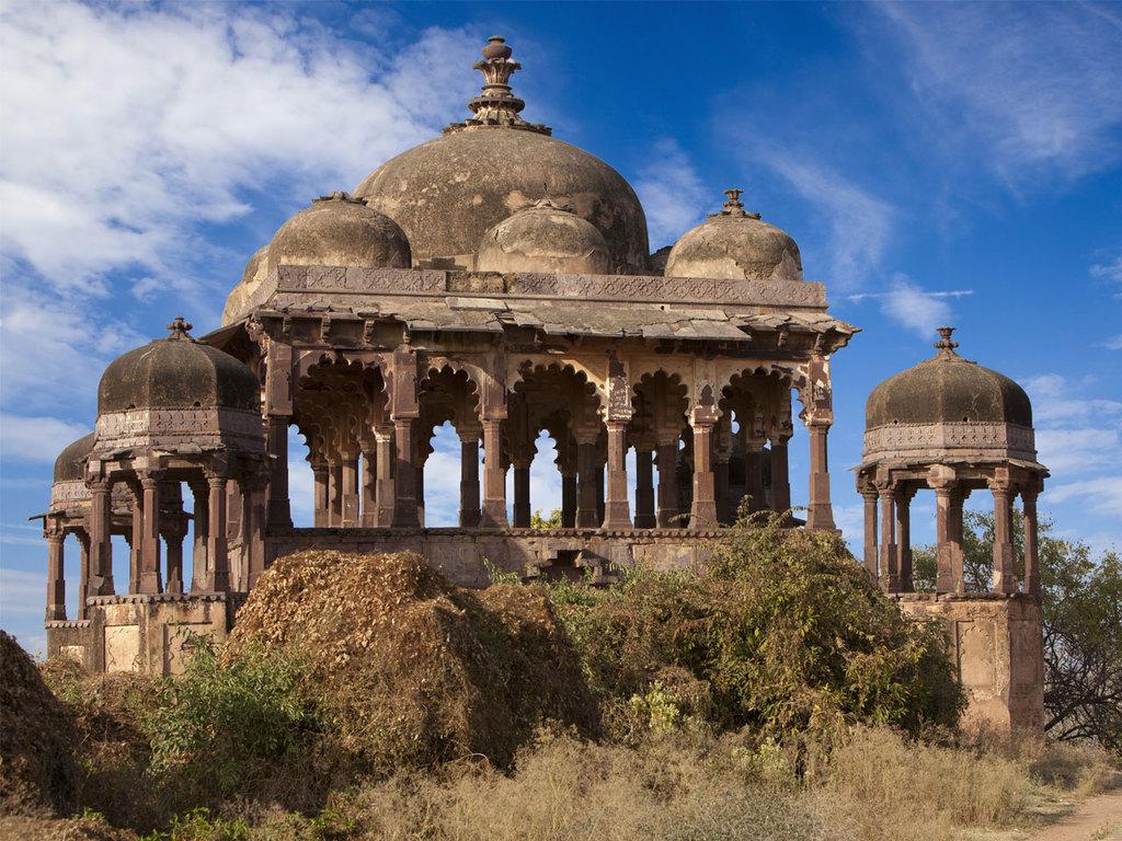 Pushkar – Ranthambore-Nationalpark: Fahrt nach Sawai Madhopur, Dorfbesuch
