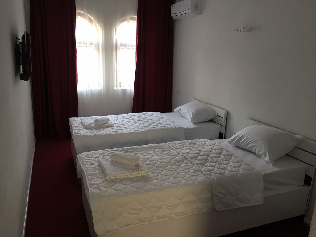 Hotel Karagaq *** in Pejë