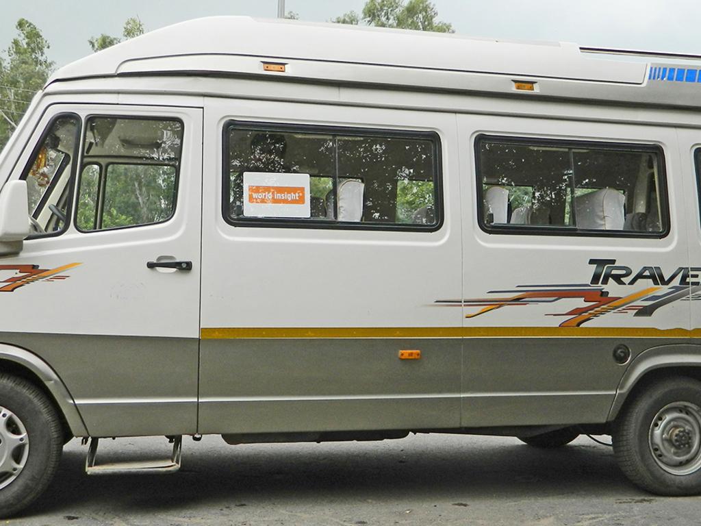 Bus für kleine Gruppen in Nord- und Südindien
